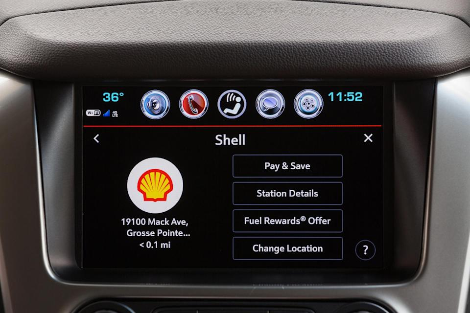 The Chevy in-dash payment service in action.
