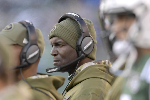 "Former <a class=""link rapid-noclick-resp"" href=""/nfl/teams/ny-jets/"" data-ylk=""slk:New York Jets"">New York Jets</a> coach Todd Bowles agreed to join the <a class=""link rapid-noclick-resp"" href=""/nfl/teams/tampa-bay/"" data-ylk=""slk:Tampa Bay Buccaneers"">Tampa Bay Buccaneers</a> to be their defensive coordinator. (AP)"