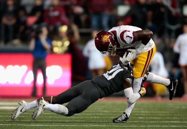"USC receiver <a class=""link rapid-noclick-resp"" href=""/ncaab/players/133792/"" data-ylk=""slk:Joseph Lewis"">Joseph Lewis</a> pleaded no contest to two domestic battery charges. (Photo by William Mancebo/Getty Images)"