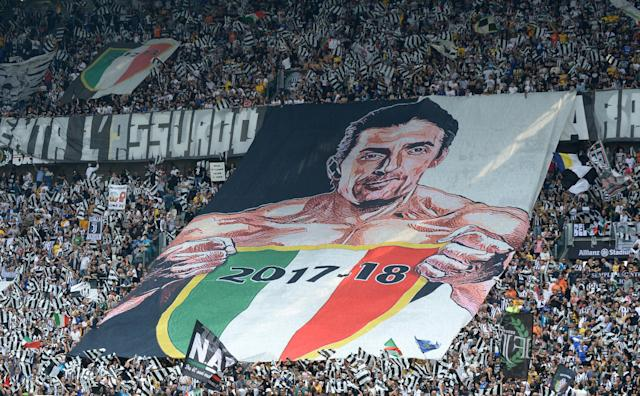 Soccer Football - Serie A - Juventus vs Hellas Verona - Allianz Stadium, Turin, Italy - May 19, 2018 Fans display a banner in reference to Juventus' Gianluigi Buffon REUTERS/Massimo Pinca