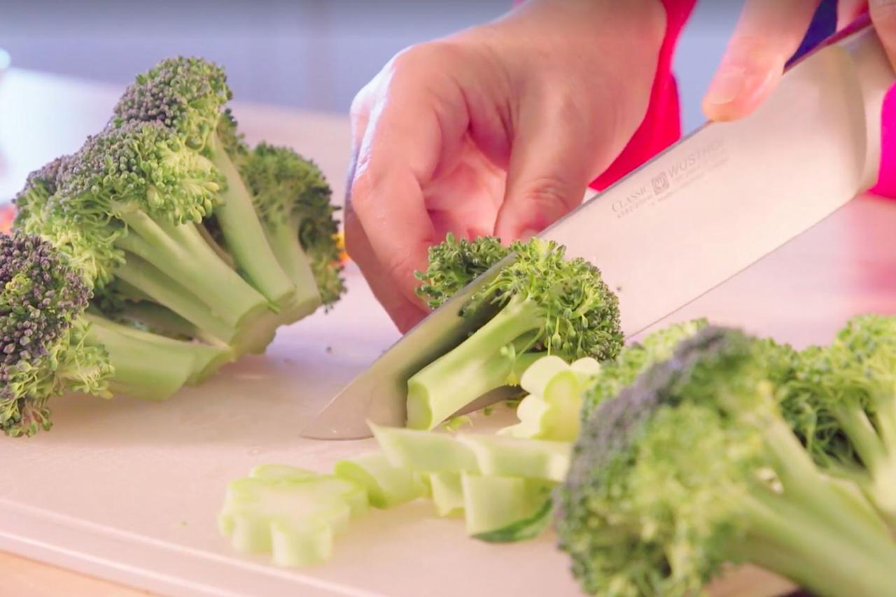 "<p>After washing the broccoli, use a chef's knife (<a rel=""nofollow"" href=""https://www.goodhousekeeping.com/cooking-tools/best-kitchen-knives/g646/best-kitchen-cutlery/"">check out our favorites</a>!) to cut the broccoli head into florets. Cut 'em into whatever size you like  -  long stems, short stems, you name it. <strong></strong></p>"