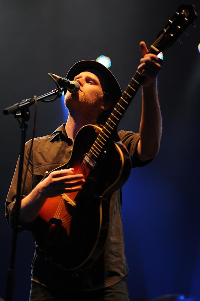 BYRON BAY, AUSTRALIA - MARCH 31:  Wezley Schultz of The Lumineers performs on stage at Bluesfest 2013 - Day 4 on March 31, 2013 in Byron Bay, Australia.  (Photo by Matt Roberts/Getty Images)