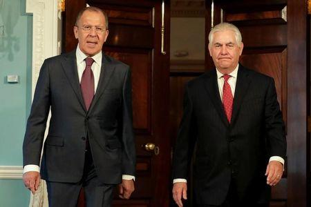 US President hosts Russian foreign minister, envoy at White House