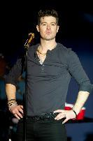 Robin Thicke performs at the World Cafe Live, Philadelphia, on December 29, 2011 -- Getty Premium