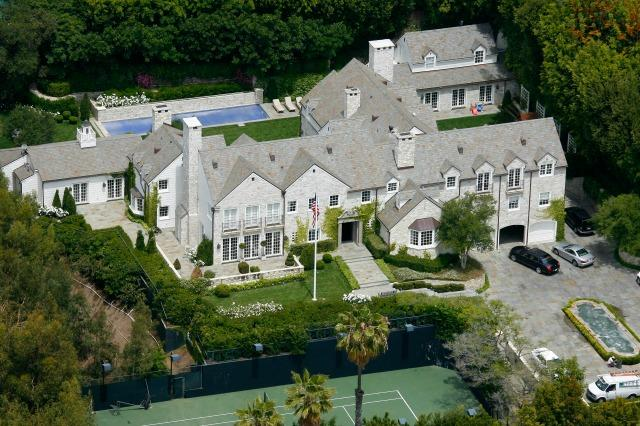 Tom Cruise sells second Hollywood mansion