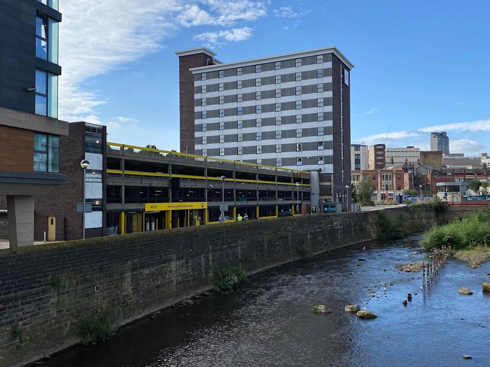 The OYO Sheffield Metropolitan Hotel next to the NCP car park in Blonk Street