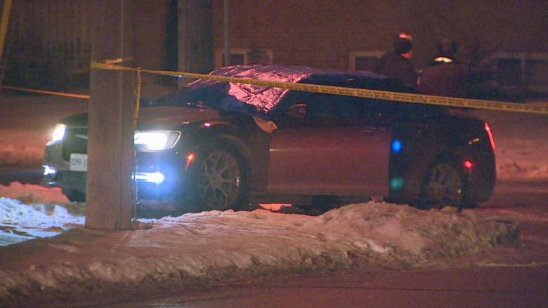 Two men in their 20s dead, two injured after Etobicoke shooting