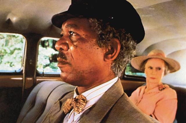 Morgan Freeman and Jessica Tandy in the 1989 Best Picture winner <em>Driving Miss Daisy</em> (Photo: Warner Brothers/courtesy Everett Collection)