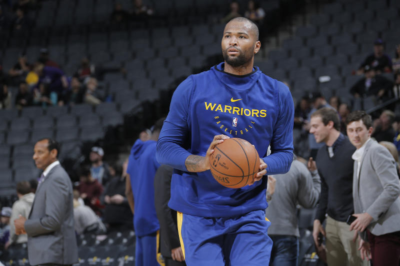 free shipping 71c16 48dbf DeMarcus Cousins takes in full Warriors practice