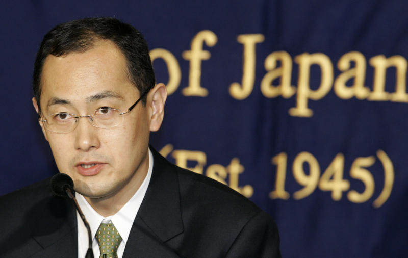 """FILE - In this Jan. 9, 2008 file photo, Shinya Yamanaka, a Kyoto University scientist who invented a new, easy-to-handle technology to create the equivalent of human stem cells from ordinary tissue like skin, speaks at a press conference in Tokyo. Yamanaka and British researcher John Gurdon have won this year's Nobel Prize in medicine or physiology. The prize committee at Stockholm's Karolinska Institute said Monday, Oct. 8, 2012 that the two researchers won the award """"for the discovery that mature cells can be reprogrammed to become pluripotent."""" (AP Photo/Shizuo Kambayashi, File)"""