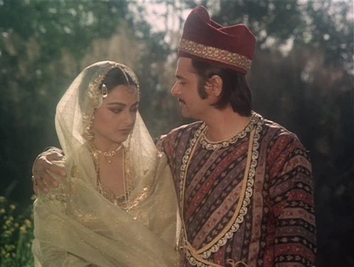 """<p>Umrao Jaan is a classic in Indian cinema, movies like these are forever, they never age, but only gain value with time. Something else that gained value with time was the """"nawabi"""" ring Farooq Sheikh rocked throughout the 2 hours and 25 minutes on screen. When an auction was called, the turquoise silver ring was acquired by a fan for ₹ 96,000. </p>"""