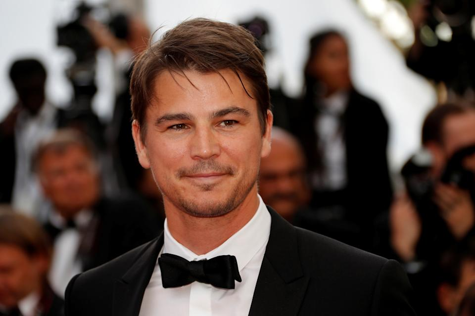 """70th Cannes Film Festival - Screening of the film """"The Killing of a Sacred Deer"""" in competition - Red Carpet Arrivals – Cannes, France. 22/05/2017. Actor Josh Hartnett  poses.    REUTERS/Eric Gaillard"""