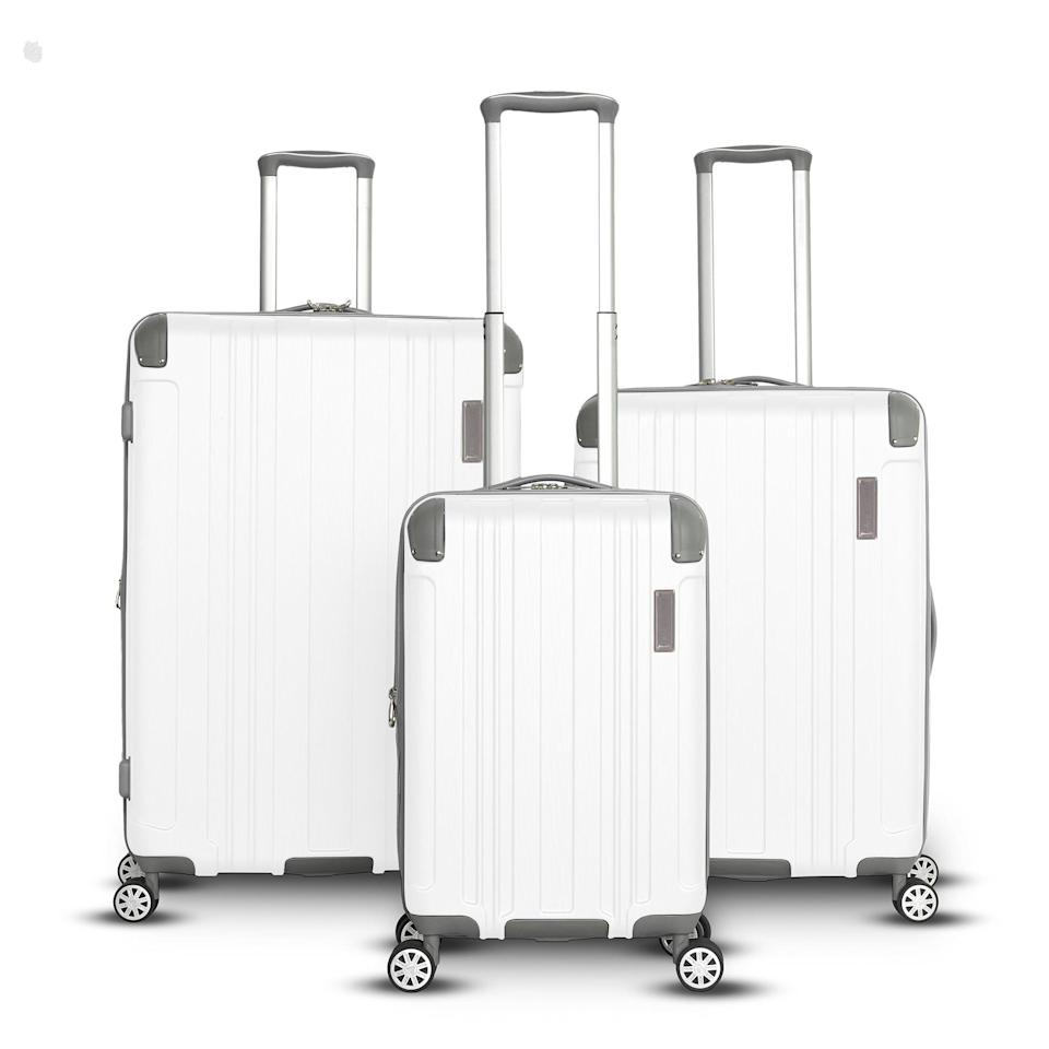 Gabbiano Bravo Collection 3-Piece Expandable Luggage Set. (Photo: Walmart)