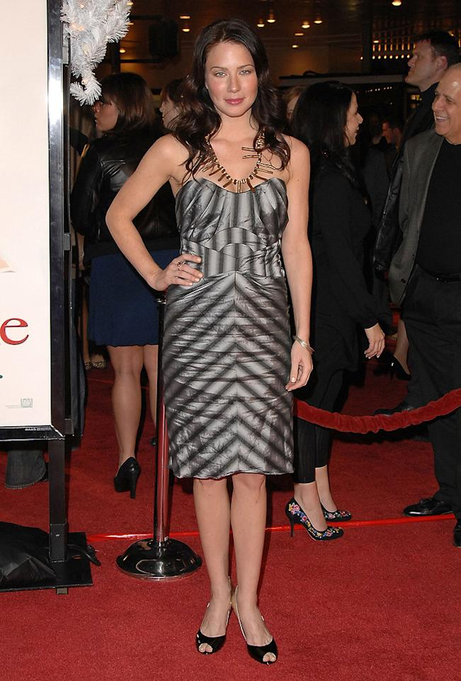 "<a href=""http://movies.yahoo.com/movie/contributor/1807577712"">Lynn Collins</a> at the Los Angeles premiere of <a href=""http://movies.yahoo.com/movie/1809995057/info"">Marley & Me</a> - 12/11/2008"