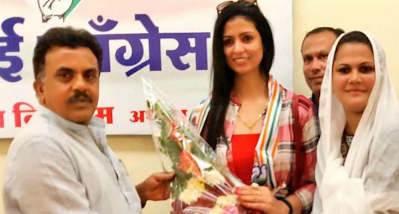 Mohammad Shami's Estranged Wife Hasin Jahan Joins Congress, Welcomed by Sanjay Nirupam
