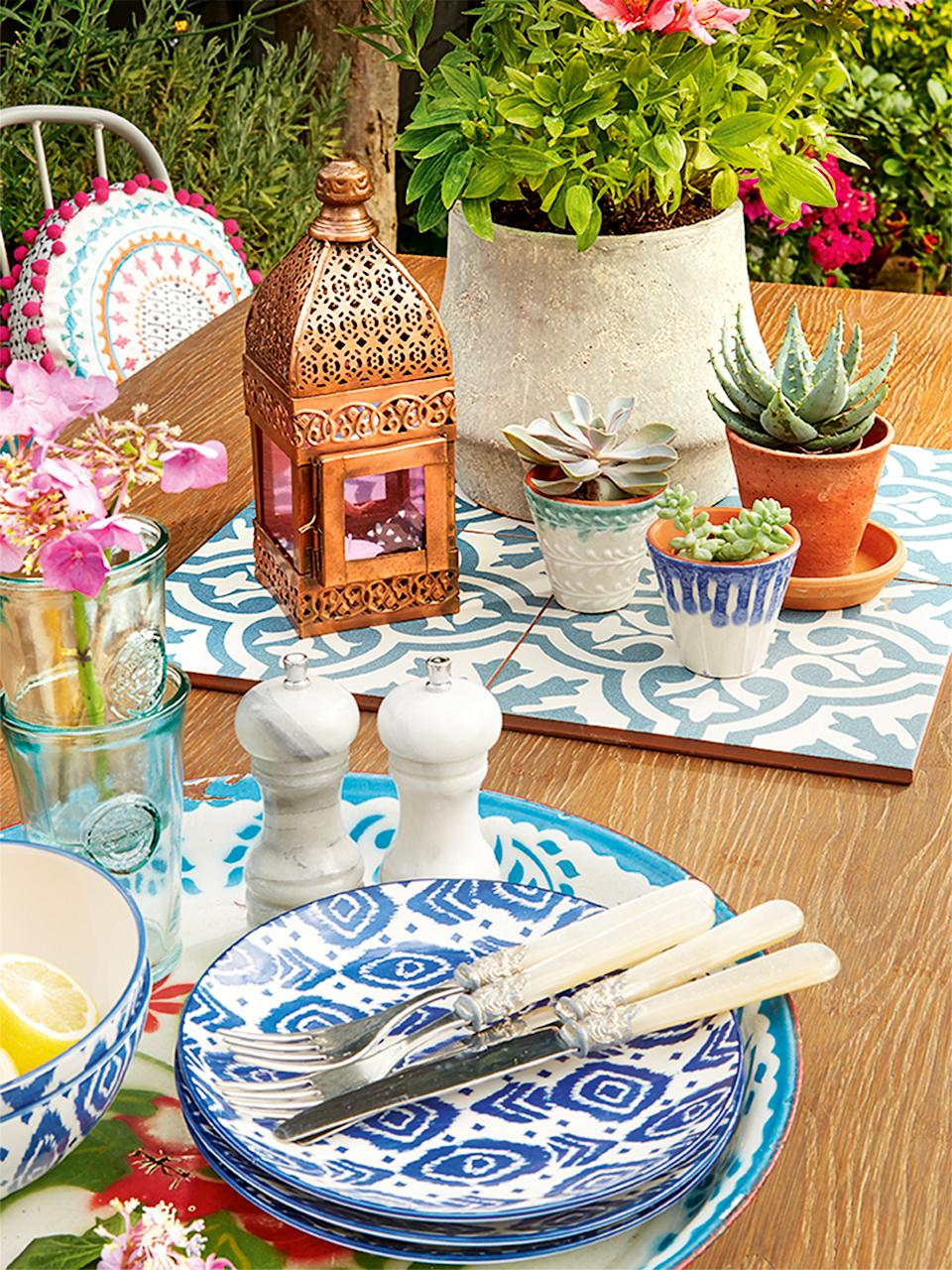 Garden trends outdoor dining