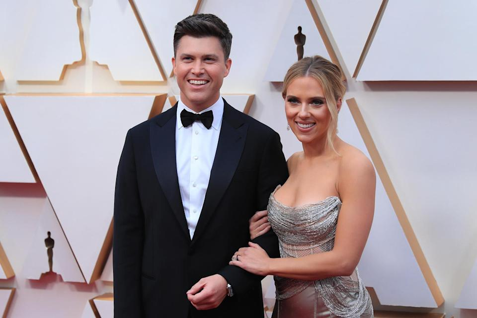 LOS ANGELES, Feb. 9, 2020 -- Scarlett Johansson R and Colin Jost arrive for the red carpet of the 92nd Academy Awards at the Dolby Theatre in Los Angeles, the United States, Feb. 9, 2020. (Photo by Li Ying/Xinhua via Getty) (Xinhua/Li Ying via Getty Images)