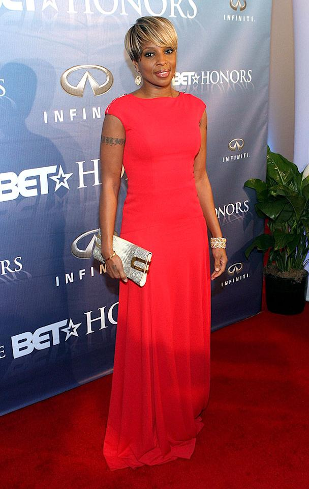 "Mary J. Blige was a vision in vermilion at the 2nd Annual BET Honors. Bennett Raglin/<a href=""http://www.wireimage.com"" target=""new"">WireImage.com</a> - January 11, 2009"