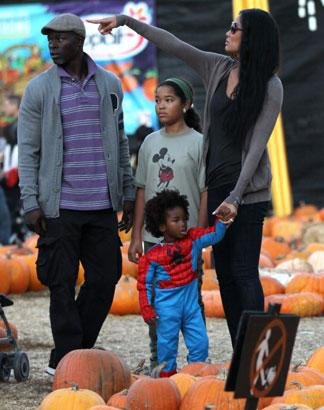 PHOTOS: Kimora Lee Simmons Dresses Son Kenzo Up As Spiderman For Pumpkin Patch Family Outing