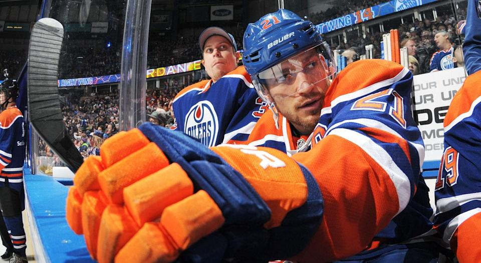 Andrew Ference ripped the party culture he believes dogged the Oilers during his tenure. Getty)