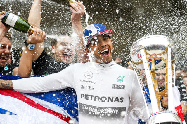 """Lewis Hamilton con Mercedes AMG <span class=""""copyright"""">Alastair Staley / Motorsport Images</span>"""