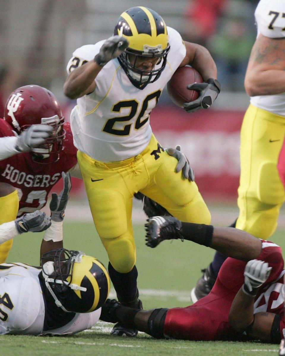 Michigan running back Mike Hart picked up an easy first down in the second quarter during their 34-3 win against Indiana University in Bloomington, IN on Saturday, November11, 2006.