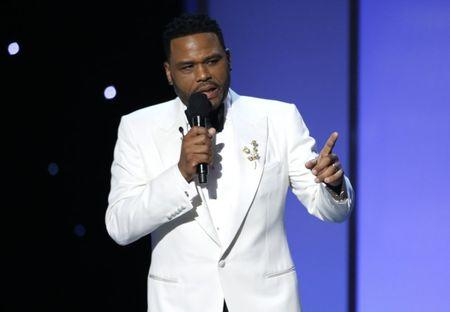 FILE PHOTO: 49th NAACP Image Awards – Show – Pasadena, California, U.S., 15/01/2018 – Show host Anthony Anderson speaks on stage. REUTERS/Mario Anzuoni/File Photo