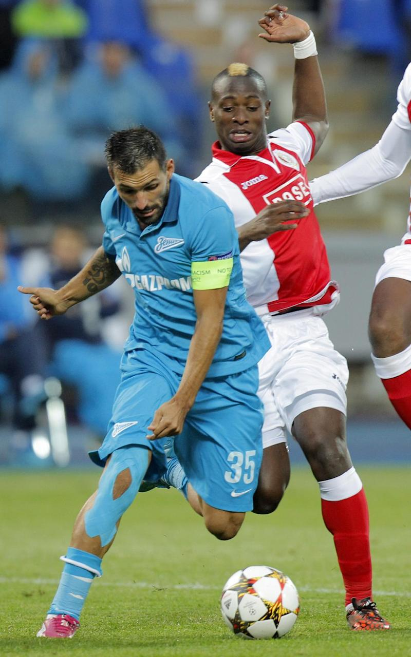 Zenit cruises into Champions League group stage