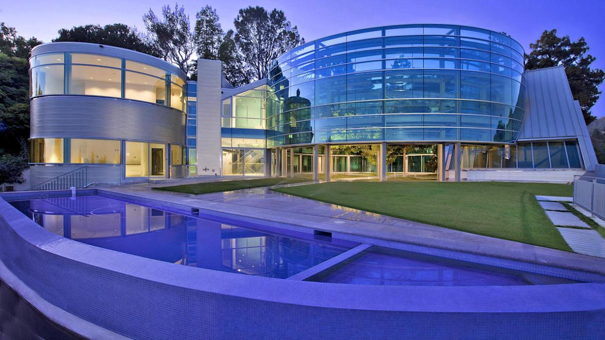 Meet the Stainless Steel 'Salad Spinner' House That Bieber