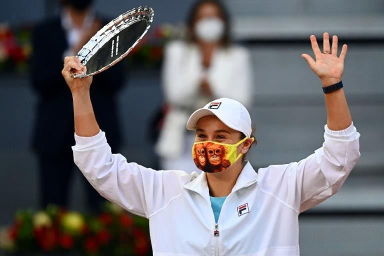Australia's Ashleigh Barty poses with her runner-up trophy