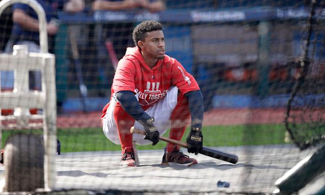 Francisco Lindor could pay fantasy dividends this season — but his injury makes him a risk. (AP Foto/Tony Dejak)
