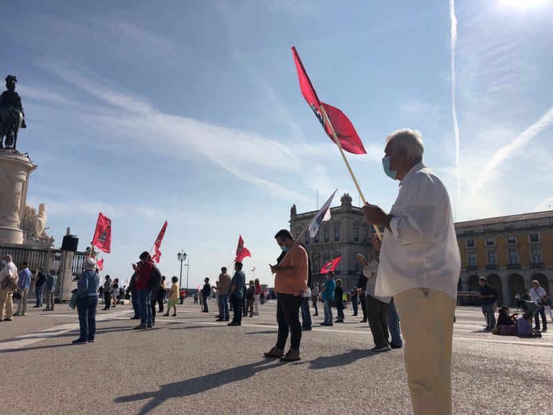 Angry but determined: Portuguese workers protest for better wages amid pandemic