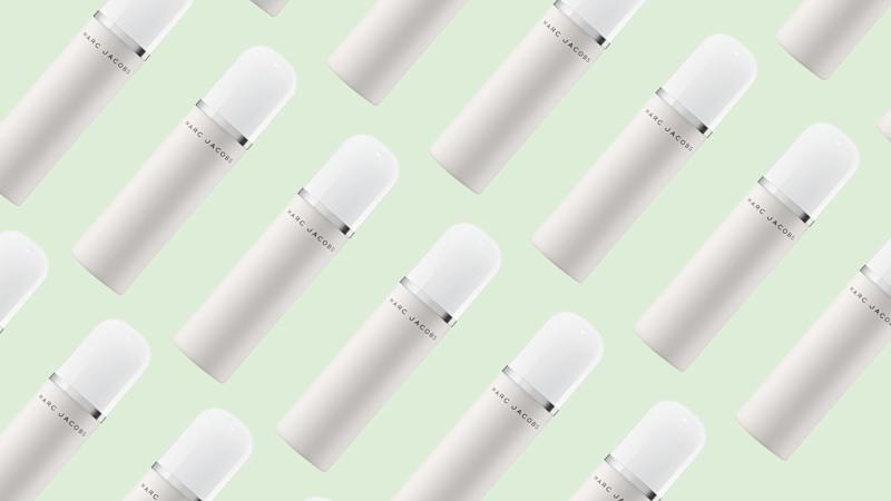 The Marc Jacobs (Re)Cover Perfecting Coconut Setting Mist Is Like the Beach in a Bottle