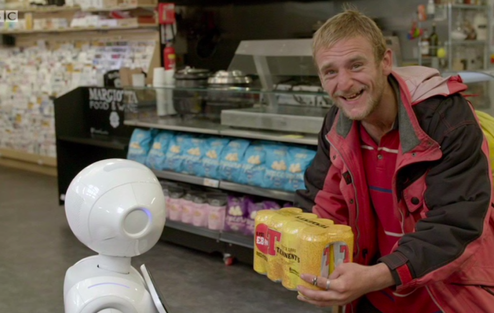 <em>The robot started to confuse customers with his advice (BBC)</em>