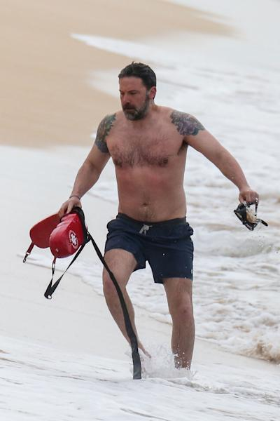 Ben Affleck Shows Off Massive Back Tattoo He Said Was 'Fake'