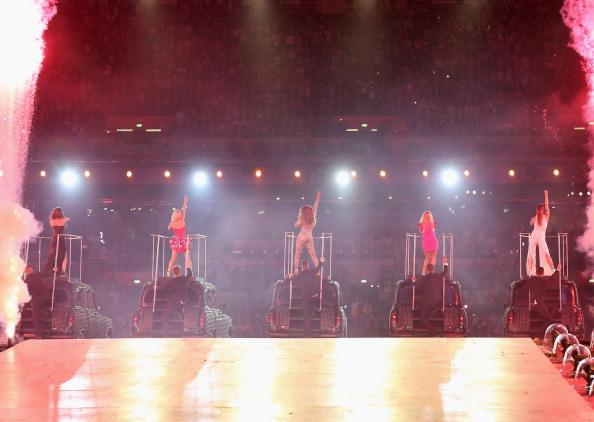 LONDON, ENGLAND - AUGUST 12: Melanie Chisholm, Emma Bunton, Melanie Brown, Geri Halliwell and Victoria Beckham of The Spice Girls perform during the Closing Ceremony on Day 16 of the London 2012 Olympic Games at Olympic Stadium on August 12, 2012 in London, England. (Photo by Hannah Johnston/Getty Images)
