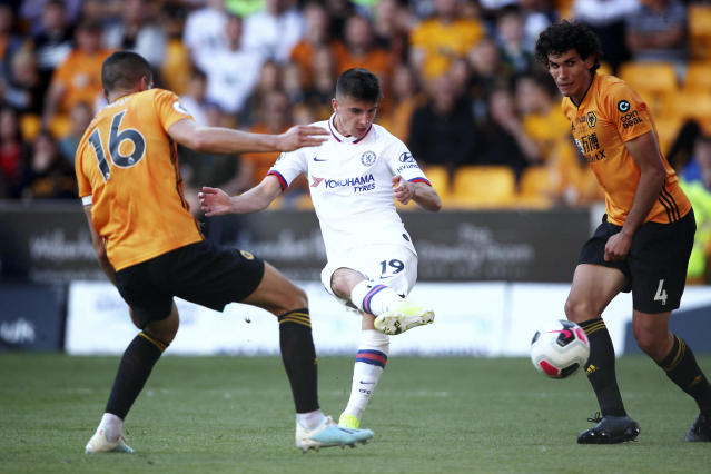 Chelsea's Mason Mount, center, scores his side's fifth goal of the game during their English Premier League soccer match against Wolverhampton Wanderers at Molineux, Wolverhampton, England, Saturday, Sept. 14, 2019. (Nick Potts/PA via AP)