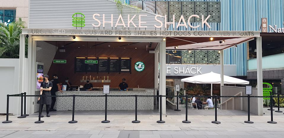 Shake Shack's third restaurant in Singapore is located in Orchard Road, facing the street on the ground floor of Liat Towers. (Photo: Flora Yeo for Yahoo Lifestyle SEA)