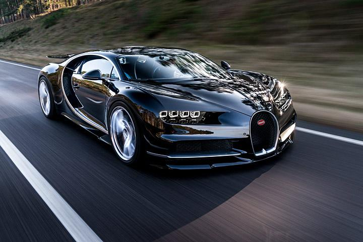 the 2017 bugatti chiron in 30 amazing numbers. Black Bedroom Furniture Sets. Home Design Ideas