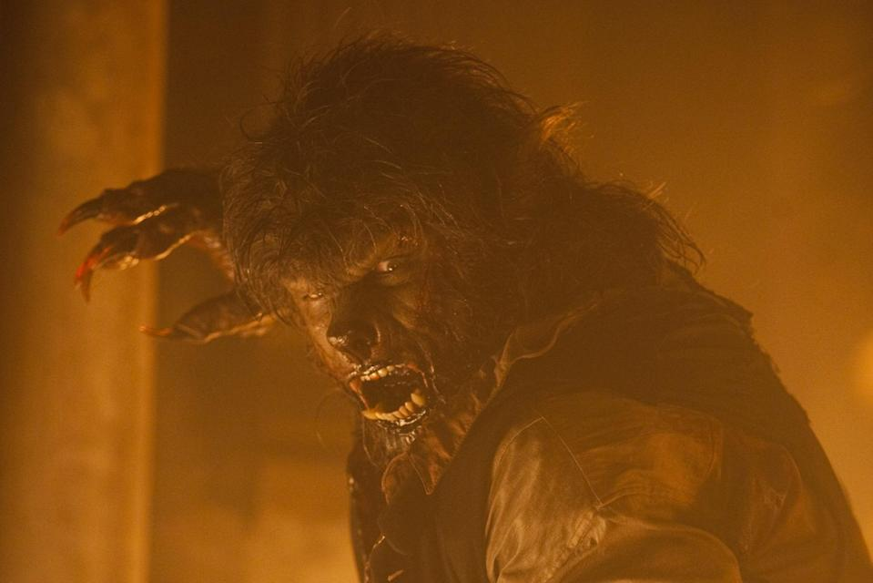 Benico Del Toro in Universal's last take on 'The Wolfman' (credit: Universal)