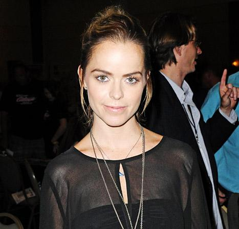 Taryn Manning Arrested for Beating Up Her Makeup Artist: Report