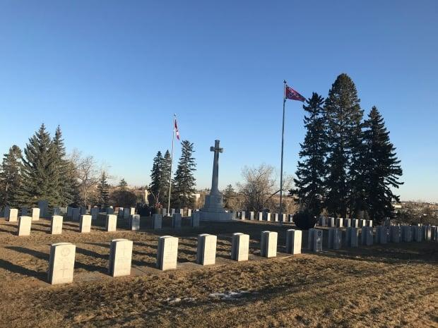 A confederate flag was spotted at Union Cemetery, which is located in the city's southeast, on Tuesday. Police are now investigating the incident as a possible hate-motivated crime. (Scott Dippel/CBC - image credit)