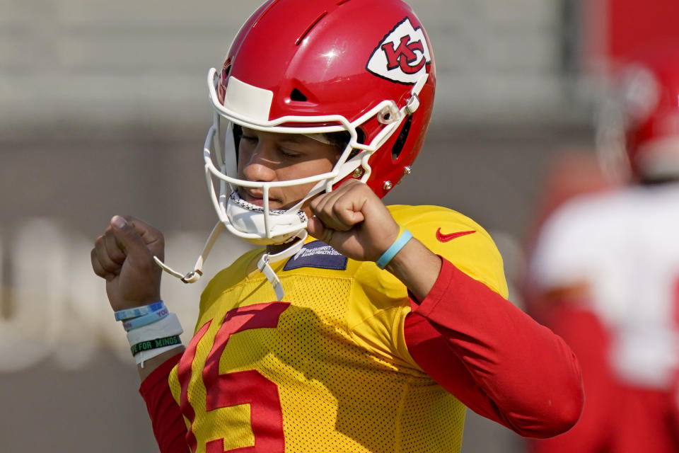 Kansas City Chiefs quarterback Patrick Mahomes and his team start a title defense on Thursday. (AP Photo/Charlie Riedel)