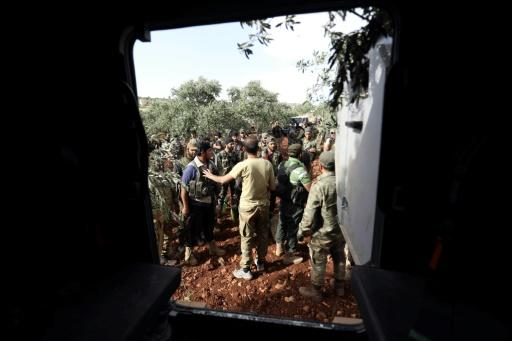 Jihadist-led fighters have launched a counterattack against Syrian government forces advancing on their stronghold in the Idlib region in the northwest