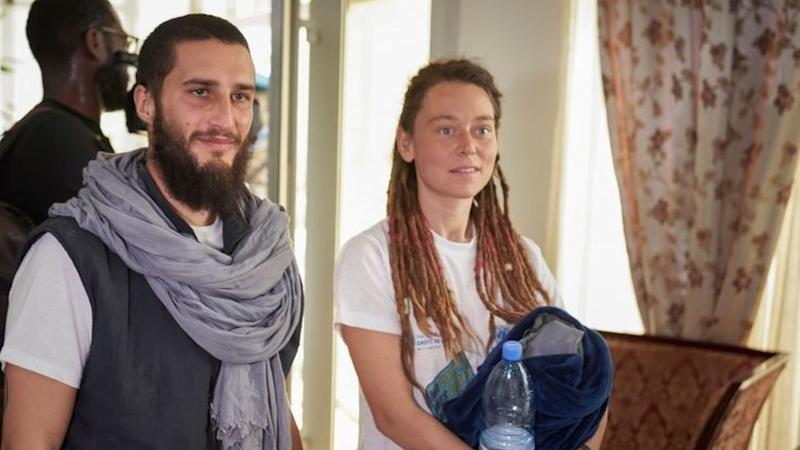 Luca Tacchetto (left) and Édith Blais at Bamako's airport, Mali. Photo: 14 March 2020