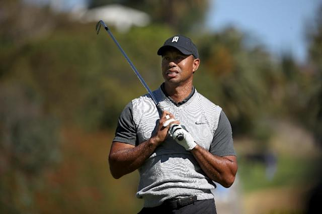 Tiger Woods of the US plays his shot from the fourth tee during the first round of the Genesis Open, at Riviera Country Club in Pacific Palisades, California, on February 15, 2018 (AFP Photo/Christian Petersen)