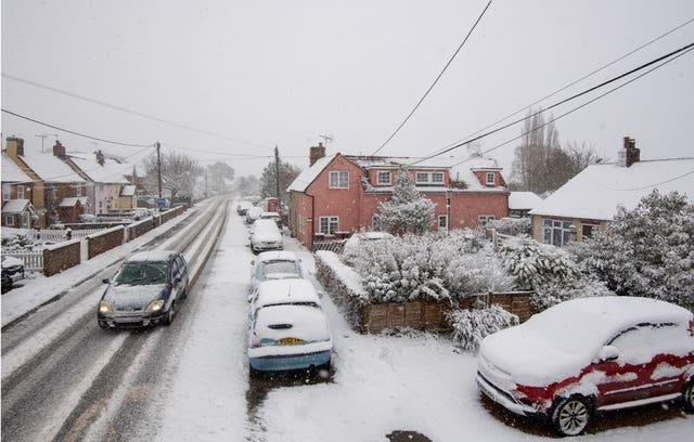 Snow falls in Tendring in Essex