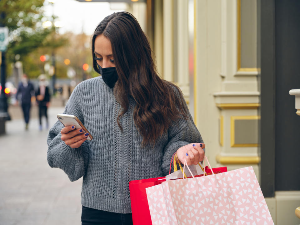 Christmas in October? Why retail experts are urging us to get our Christmas on early this year.  (Getty Images)