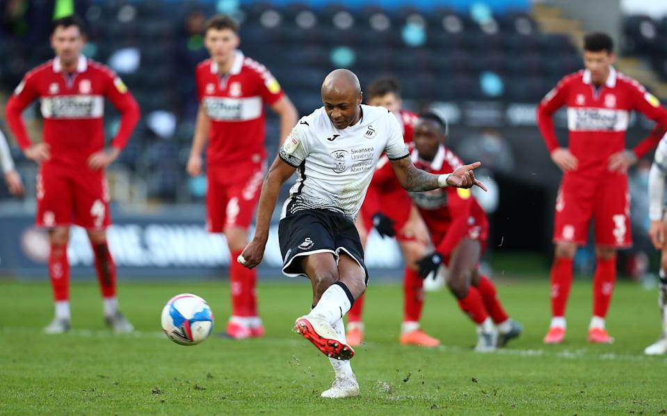 Andrew Ayew scores from the penalty spot (Getty Images)