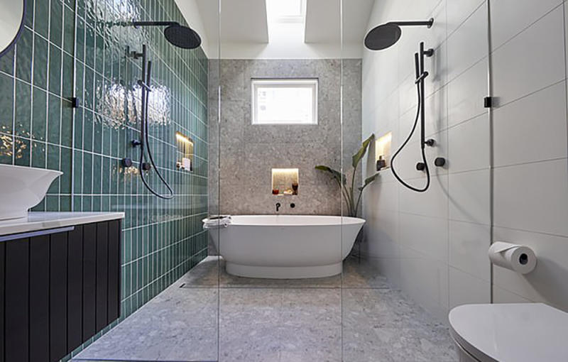 Harry and Tash's 1920s master ensuite